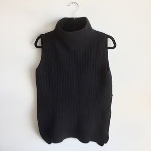 Wilfred Aritzia Durandal Black Sweater